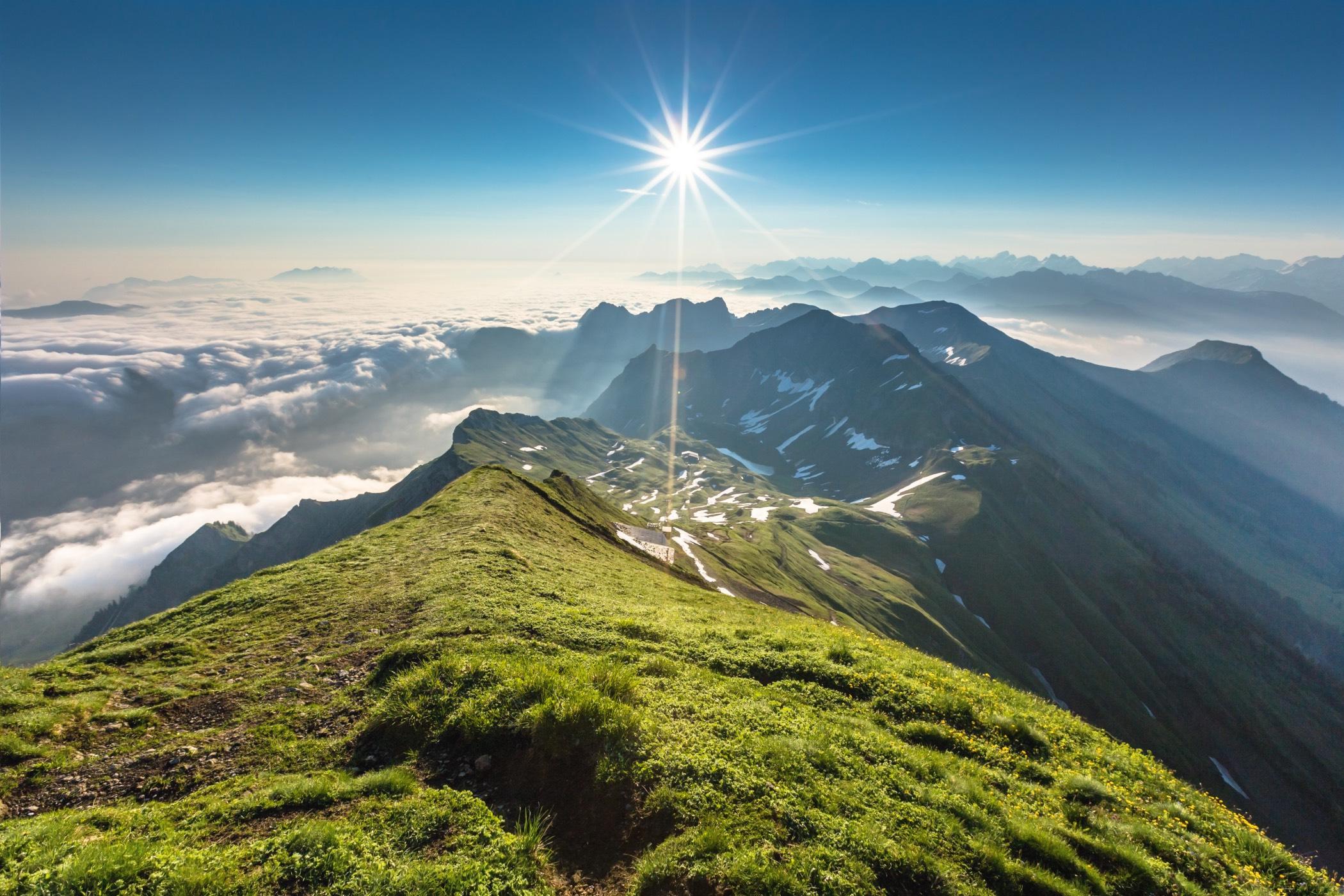 Alpenpanorama auf dem Brienzer Rothorn