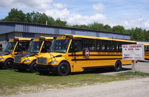 Thomas Freightliner Schoolbus C2 & FS65