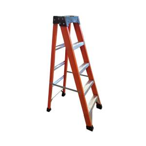Tradecraft 5' Fiberglass  Step Ladder Grade IA 300lbs