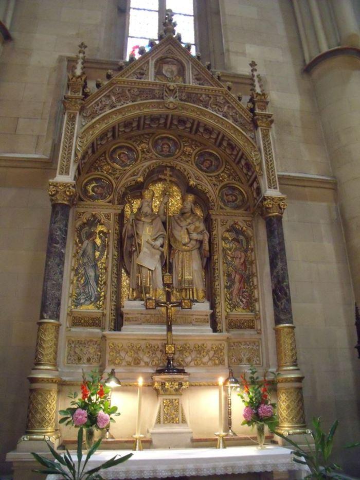 Oltar sv. Ćirila i Metoda u zagrebačkoj katedrali.