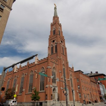 St._Alphonsus_Church_-_Baltimore_02