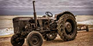 traktor trading11 analyza