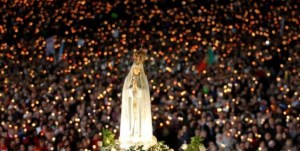 our-lady-fatima-crowds_002