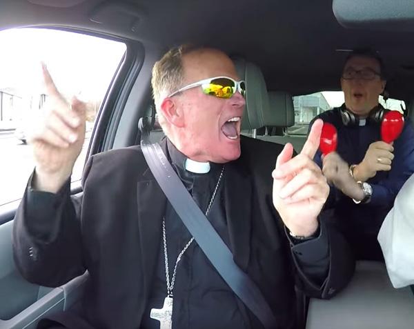 Obispo David M. O'Connel 1