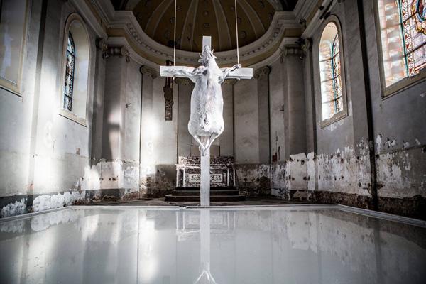 Vaca Crucificada -Bélgica 1