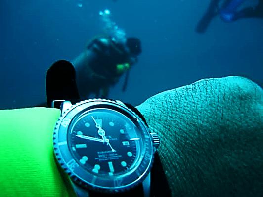vintage-dive-watch