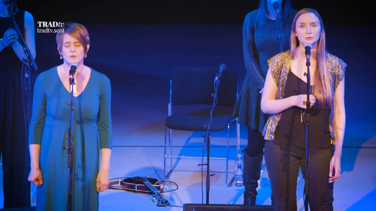 The Shee featuring Karine Polwart and Rachel Newton Perform The Jute Mill Song / Song for Mary