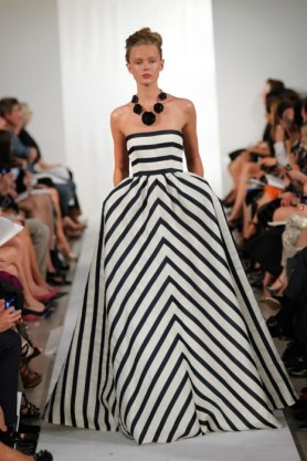 item0.rendition.slideshowWideVertical.ss01-oscar-de-la-renta-nyfw-obsessions