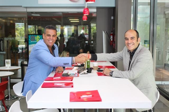 Mario Alverio y Dr. Soler