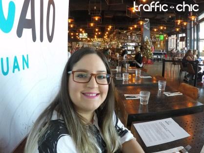 Nuestra Editora en Jefe, Lourdes Nicolle Martínez, deugstando el nuevo menú de Il Nuovo Mercato.