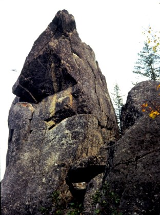 Oct 1978: Tumwater Tower In Tumwater Canyon