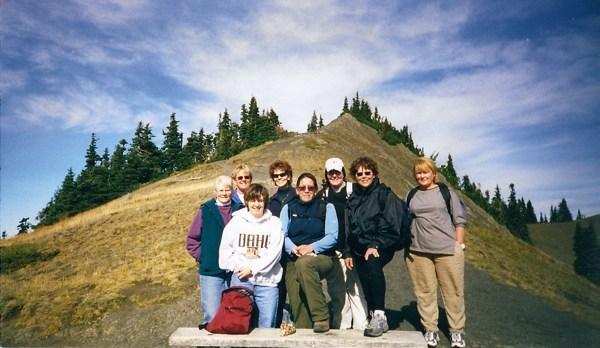 lady_hiking_class