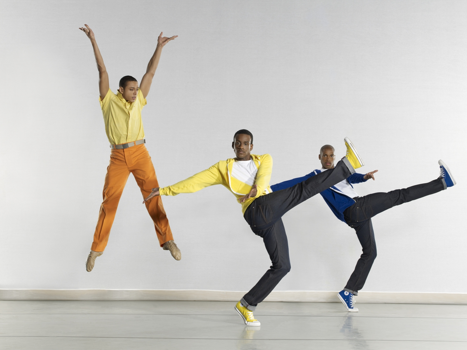 Alvin Ailey American Dance Theater's C. Brown, K. Boyd and A. Douthit in Hope Boykin's Go In Grace. Photo © Steve Vaccariello.