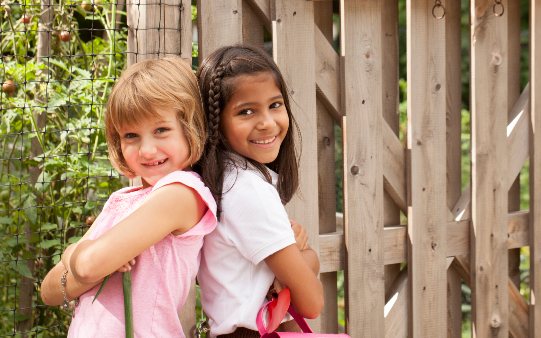6 Reasons Why She Should Invite a Friend to Join Girl Scouts