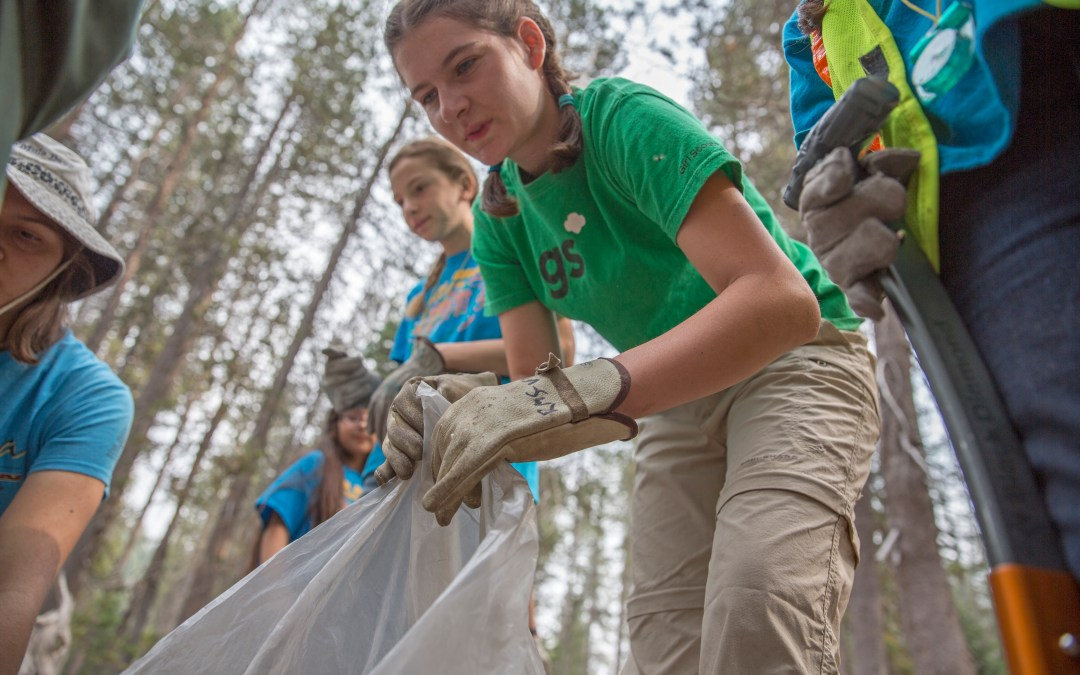 7 Spring-Themed Service Projects for Girl Scouts of All Ages