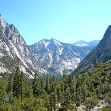 6 Best Day Hikes in Kings Canyon National Park