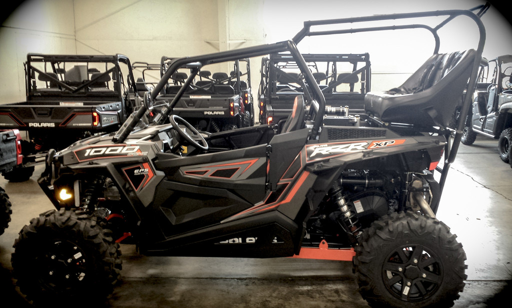 Polaris Rzr Xp 1000 Backseat And Back Seat And Roll Cage