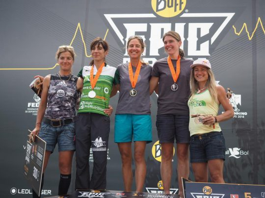 th_BuffEpicTrail105k-2016-Women-Podium