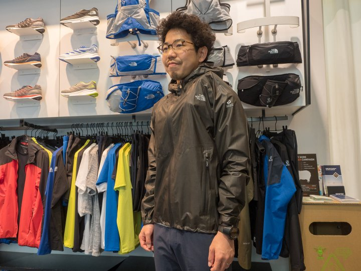ハイパーエアGTXフーディはGORE-TEX®︎ Active with SHAKEDRY™️ Product Technologyを使用した防水透湿シェル。
