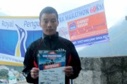 marathon nepal royal penguin namche bazaar winner men
