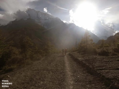 annapurna circuit trek trail race nepal-14