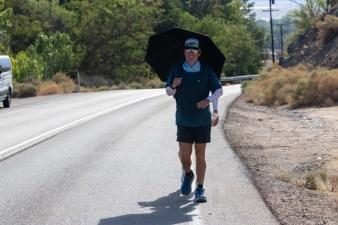 badwater-135-ultramarathon-ultra-trail-america-por-mayayo-ultrarunning-foto-adventure-corps-17
