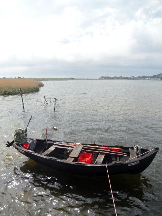 An der Hafenmole von Thiessow