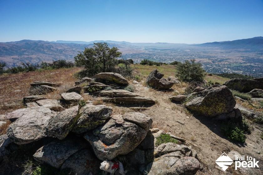 Hiking Black Mountain In Tehachapi