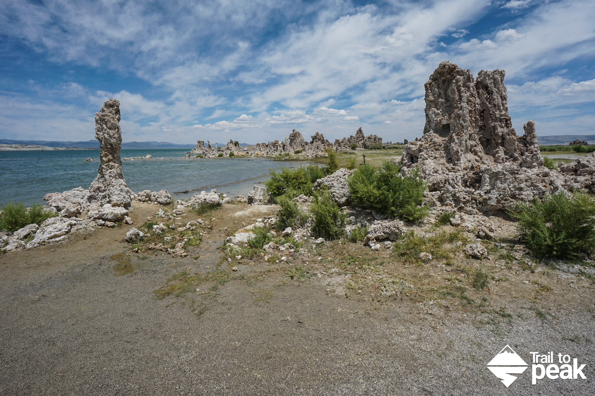 Hiking Mono Lake South Tufa Trail