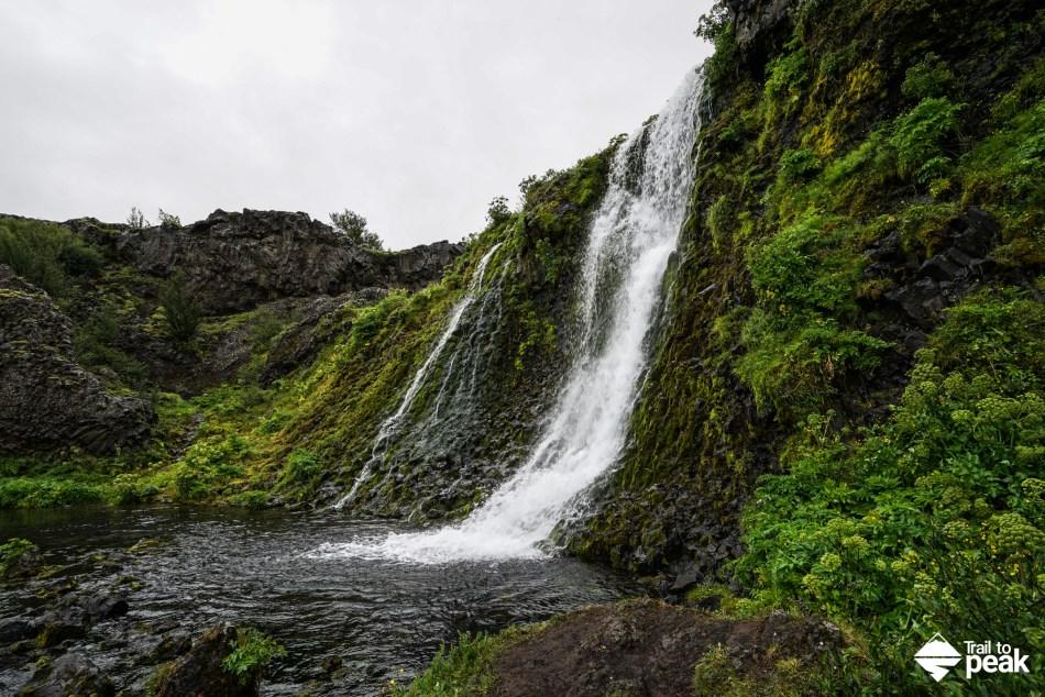 Driving Iceland's Golden Circle Gjáin