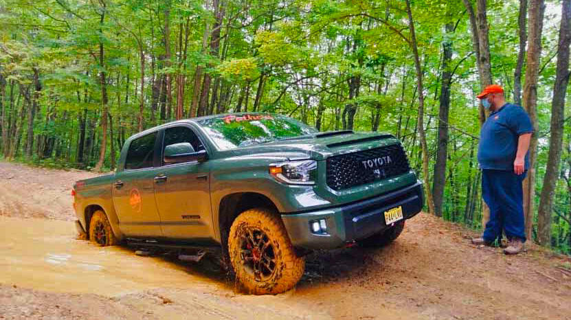 Automotive Rhythms : Tundra TRD Pro Off-Road Family Fun