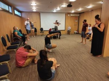 Education through therapeutic theater