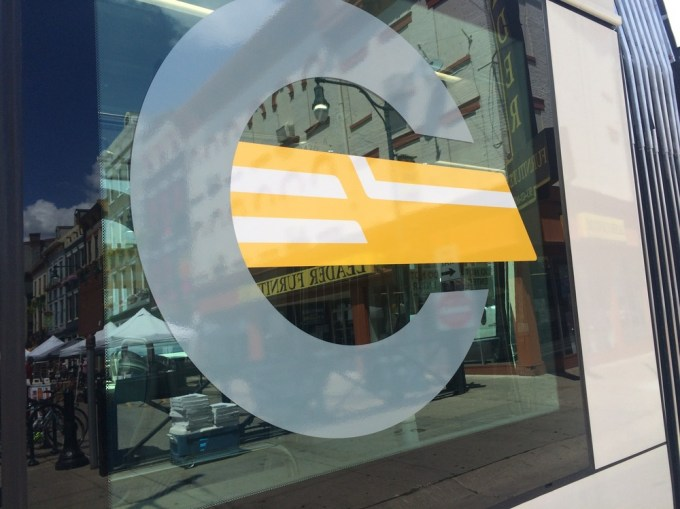 Streetcar logo       (Photo by B. Wing)