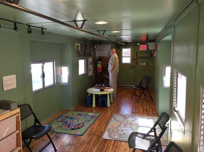 Inside the caboose 904152.