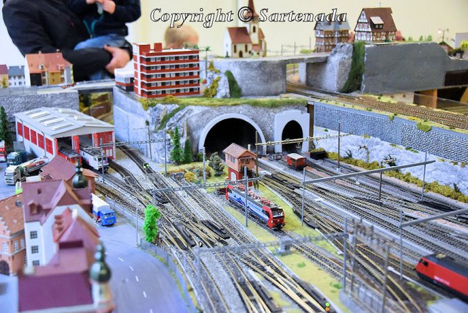 4_exposition-of_alpine_model_railroad_nikon-4
