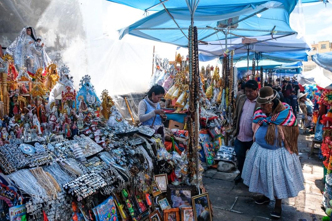 cholitas notre dame copacabana