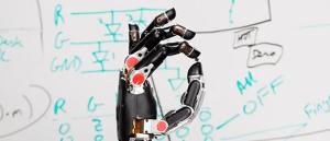 <b>Man Meets Machine</b>
