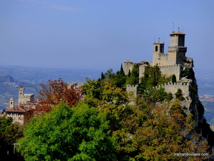 San Marino – Entre la tierra y el cielo