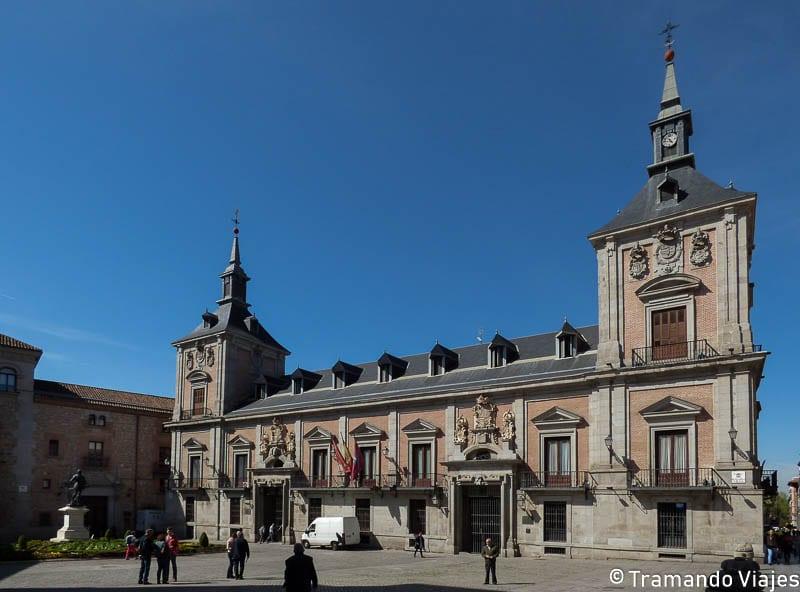 plaza-de-la-villa-madrid