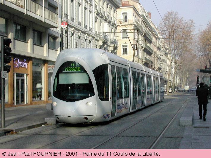 narrow-street-tram-lyons.jpg
