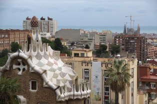 A bit chaotic. Also this Gaudi's house on the left looks a bit like a hedgehog !