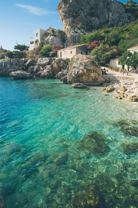 Where to go in italy? Is there any country on earth that wears its history as lightly as Italy? Roman ruins sit cheek by jo