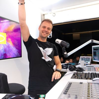 A State Of Trance 940 (14.11.2019) with Armin van Buuren, Cold Blue & Solarstone