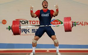 Dimitry Klokov förbättrar rekordet på Isabell
