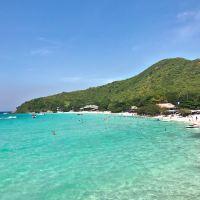 ラン島(Ko Lan)に行ったら、やはりこの綺麗なビーチに行ってのんびりと~「ティアン ビーチ(Tien Beach)」!!
