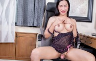 Ladyboy.xxx – Incredible Orgasm Experience With Patty!