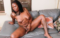 Black-tgirls – Horny Cherri Cums Again!