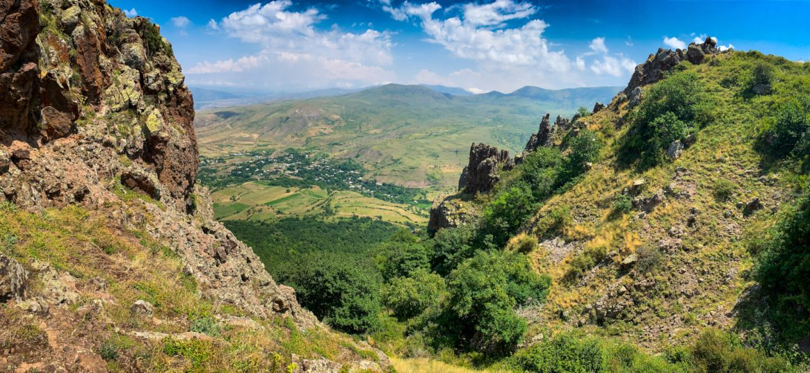 20200724-120257-HikeVayotsDzor-Tom-iPhone-XS_2-2048x945