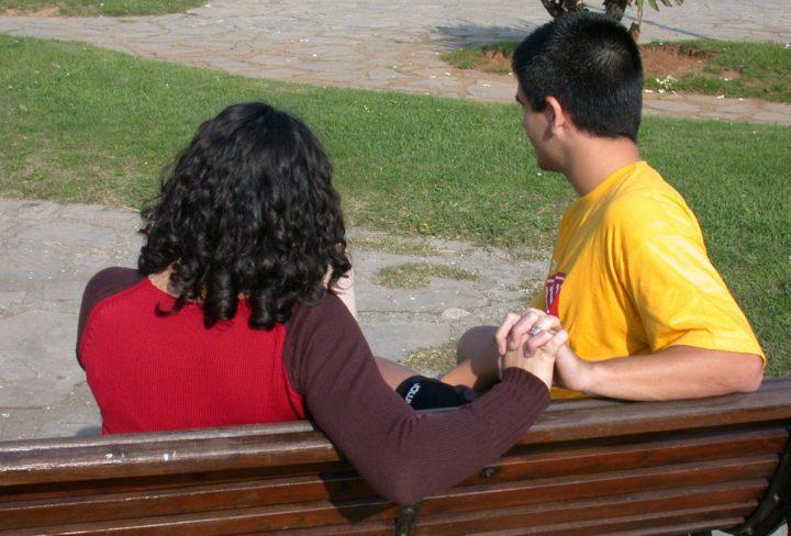 el-grupo-investiga-las-relaciones-de-pareja-en-la-adolescencia-y-adultez-emergente