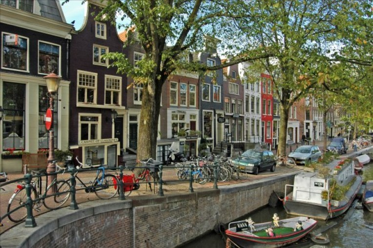 must visit / travel in amsterdam 2017